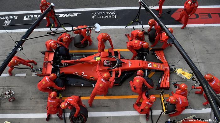 Formel 1 I Boxenstop von Charles Leclerc I Autodromo Nazionale di Monza (picture alliance / Hasan Bratic)