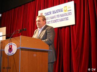 Kryetari i komunes, Dasho Aliko ne nje konference rajonale per luftimin e droges