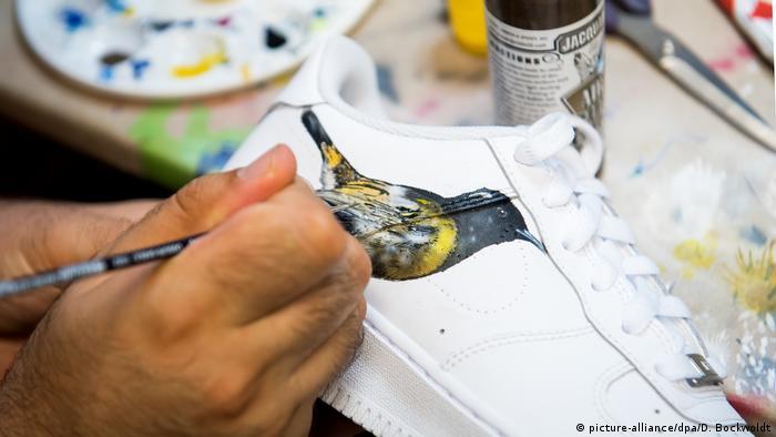 BG I Sneakers I Turnschuhe I Nike (picture-alliance/dpa/D. Bockwoldt)