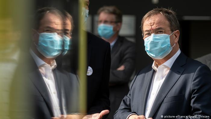 Ministerpräsident NRW I Armin Laschet I Atemschutzmaske