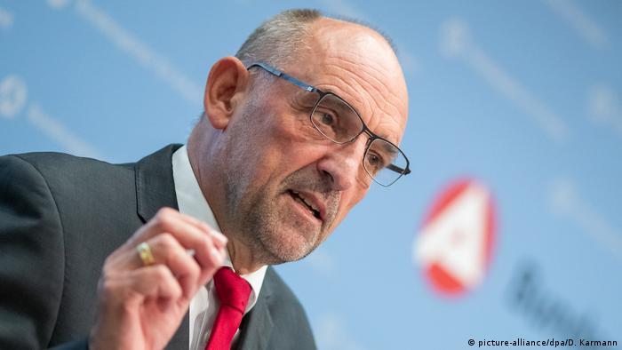 Bundesagentur-Chef Detlef Scheele zeigt sich zufrieden mit den aktuellen Arbeitsmarkt-Zahlen