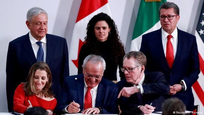 Políticos de México, EE. UU. y Canadá firman el acuerdo comercial (foto de archivo).