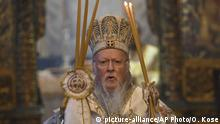 19.04.2020 Ecumenical Patriarch Bartholomew I, the spiritual leader of the world's Orthodox Christians, leads the Easter service at the Patriarchal Church of St. George in Istanbul, Sunday, April 19, 2020, with no worshippers in attendance, to help contain the spread of the coronavirus. For Orthodox Christians, this is normally a time of reflection and joy, of centuries-old ceremonies steeped in symbolism and tradition.But this year, Easter, by far the most significant religious holiday for the world's roughly 300 million Orthodox, has essentially been cancelled in a world locked down by the COVID-19 pandemic. (Ozan Kose/Pool photo via AP)  