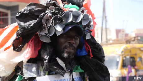 DW Eco Africa - Senegal celebrates anti-plastic campaigner