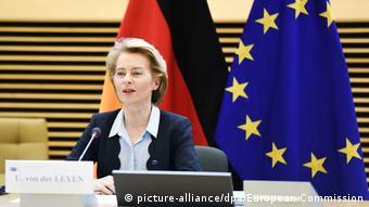 Nα διδαχθούμε από τα λάθη της ευρωκρίσης, υπογραμμίζει η επικεφαλής της Κομισιόν Ούρσουλα φον ντερ Λάιεν