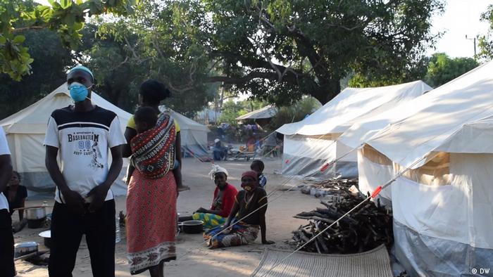 Mozambican refugee camp (DW/D. Anacleto)