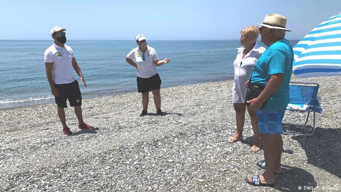 Puțini turiști la Torrox, în sudul Spaniei, în pofida redeschiderii granițelor pentru turiștii europeni