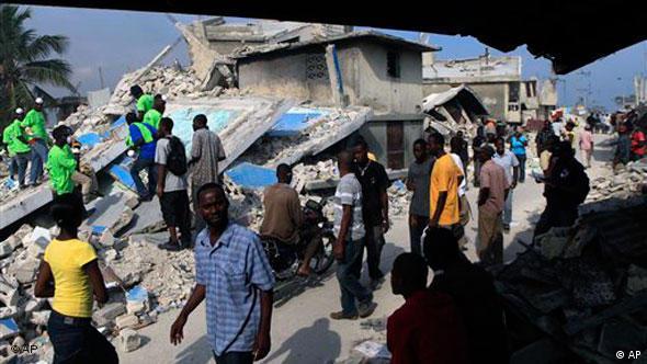 Zerstörtes Haus in Port-au-Prince (Foto: AP)