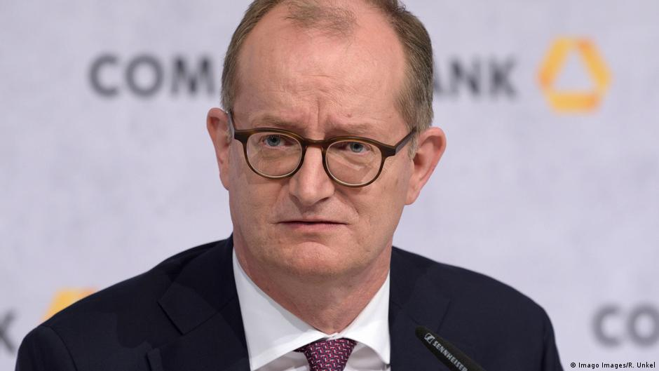 Germany: Commerzbank CEO tenders resignation as chairman quits | DW | 03.07.2020