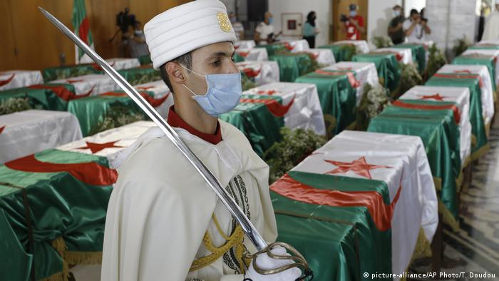 Algerien Algiers   Rückführung sterblicher Überreste von Opfern der französischen Kolonialherrschaft