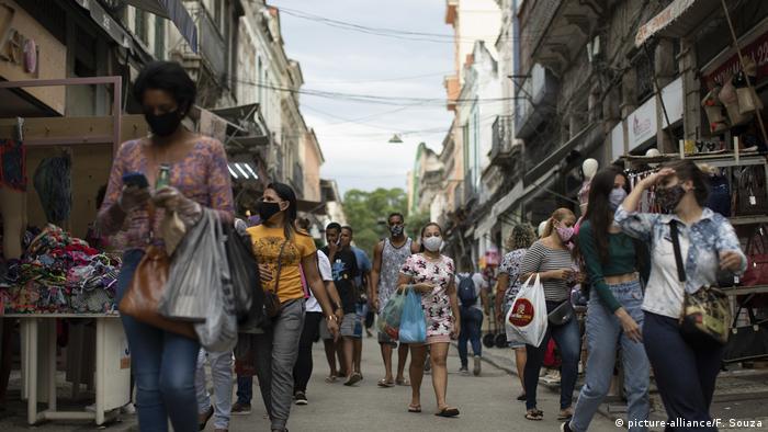 Comércio de rua no Rio: entre março e junho, setor acumulou queda de 14,5%