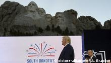 South Dakota, Keystone I Donald Trump am Mount Rushmore National Memorial