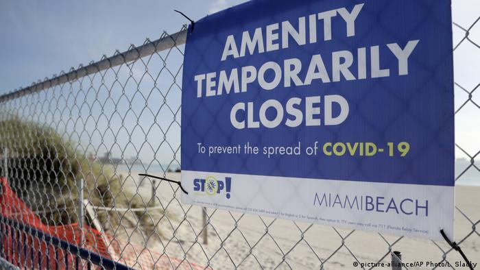 Miami: Strandschließung wegen Coronavirus (picture-alliance/AP Photo/L. Sladky)