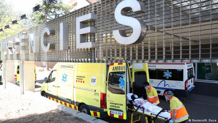 Spanien | Ausgansperre | Ausbruch der Coronavirus-Krankheit (COVID-19) in Lleida (Reuters/N. Doce)