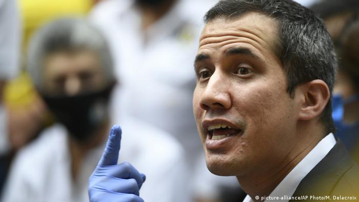 Venezuela | Juan Guaido - Oppositionsführer (picture-alliance/AP Photo/M. Delacroix)
