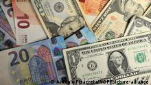 Währung | Euro, Yuan und Dollar