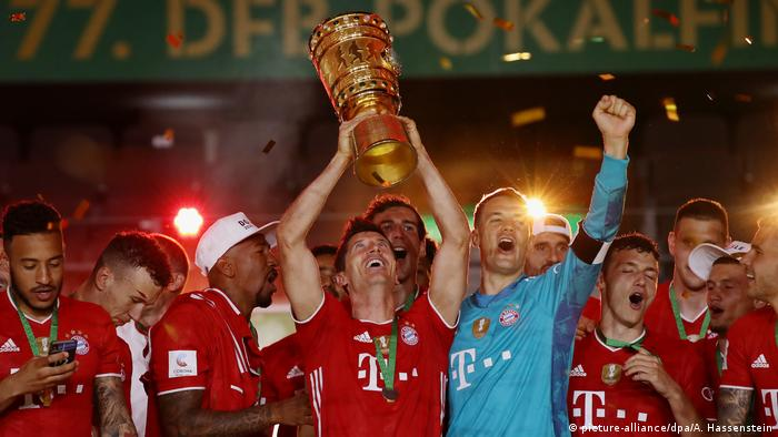 DFB Pokal Finale I Bayer Leverkusen I Bayern (picture-alliance/dpa/A. Hassenstein)