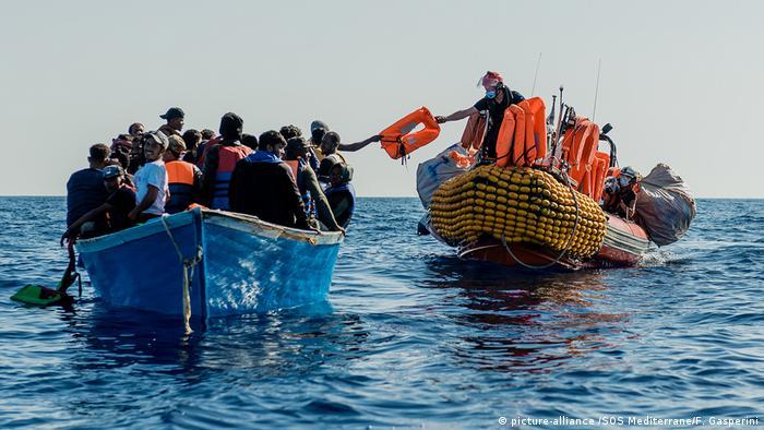 Schlauchboot der Ocean Viking