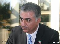 رضا پهلوی، یکی از رهبران اپوزیسیون در خارج