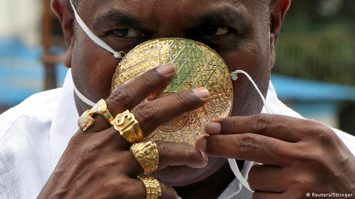 BdTD - Indien Goldene Maske (Reuters/Stringer)