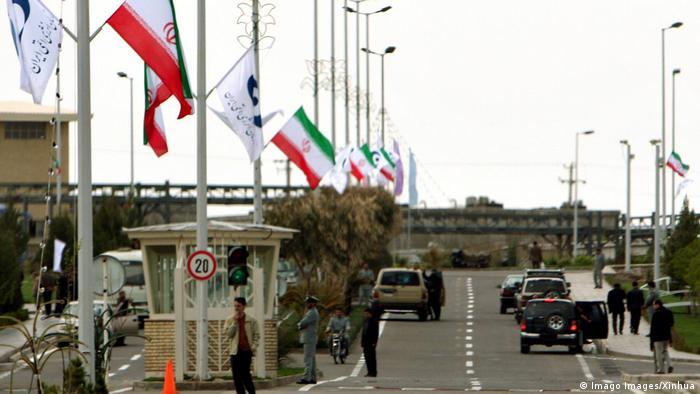 Iran I Straße zur Atomanlage Natans