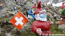 Schweiz Corona-Pandemie | Symbolbild Maske