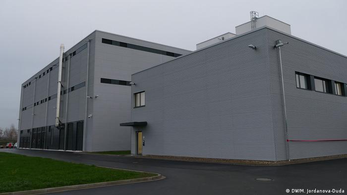 Mit der Abwärme des Rechenzentrums der Volkswagen Financial Services werden 100 Haushalte versorgt, Deutschland, Braunschweig