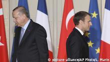 ماكرون واردوغان في مؤتمر صحفي بباريس - أرشيفية