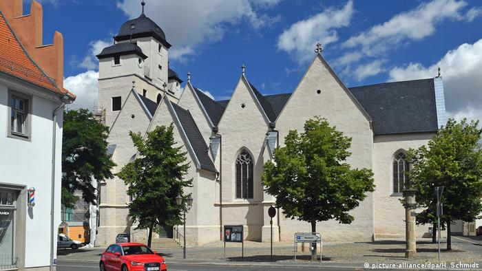 Церква Святого Михайла в Цайці