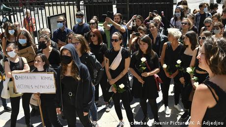 Γυναικεία οργή για τη νέα κυβέρνηση στη Γαλλία