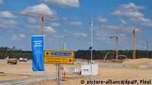 Deutschland Grünheide Bauarbeiten Tesla Giga-Factory