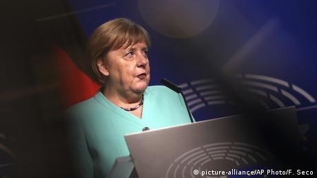 Το βάρος της Ευρώπης στους ώμους της Μέρκελ