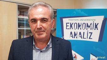 Yeditepe Üniversitesi Ticari Bilimler Fakültesi Öğretim Üyesi Prof. Dr. Veysel Ulusoy