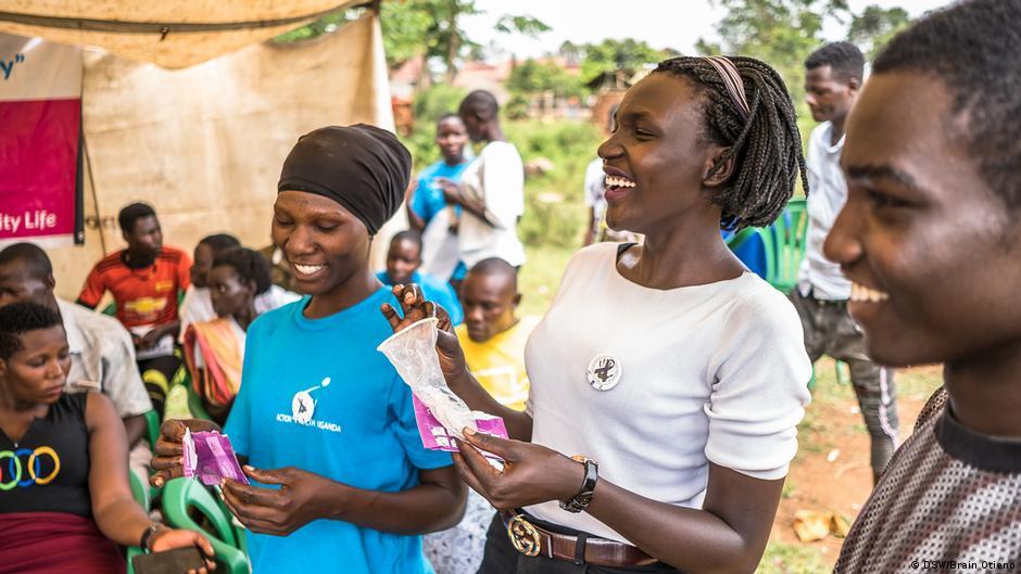Gastkommentar: Corona bedroht Frauengesundheit in Afrika | DW | 11.07.2020