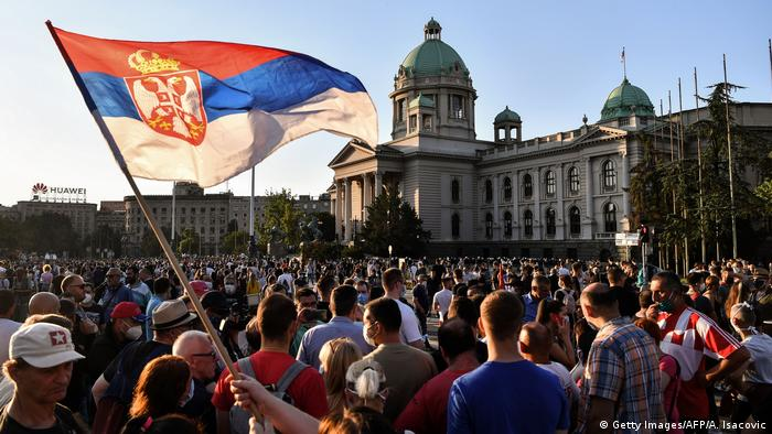 Protesters in Belgrade (Getty Images/AFP/A. Isacovic)