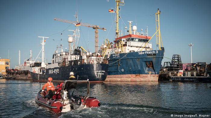 El barco de la ONG Sea Eye rescata migrantes en el Mediterráneo. (Febrero de 2020).
