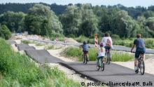 BdT Kirchdorf an der Amper Radweg mit Buckelpiste