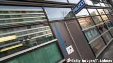 Polizei erweitert Untersuchung in Neonazi-Netzwerk