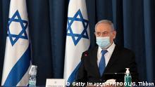 Benjamin Netanyahu bei einer Kabinettsitzung mit Atemschutzmaske