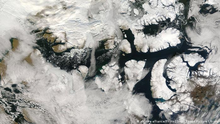 Legendarne Przejście Północno-Zachodnie uwalnia się od lodu (picture-alliance/Photo12/Ann Ronan Picture Library)