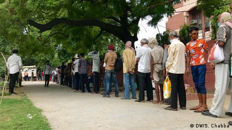 Indien Neu Delhi | Coronavirus | Essensversorgung (DW/S. Chabba)