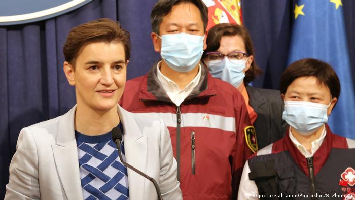 Serbien Belgrad Ana Brnabic PK China Coronavirus Hilfe (picture-alliance/Photoshot/S. Zhongyu)