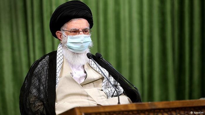 Iran | Ali Khamenei, religiöses Oberhaupt der islamischen Republik, in einer Videokonferenz