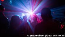 Berlin Menschen feiern in einem Club