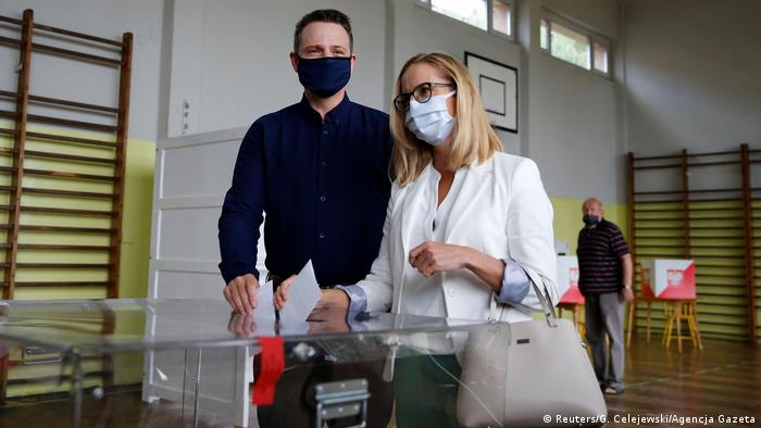 Polen Stichwahl Präsidentenamt |Rafal Trzaskowski, Kandidat (Reuters/G. Celejewski/Agencja Gazeta)