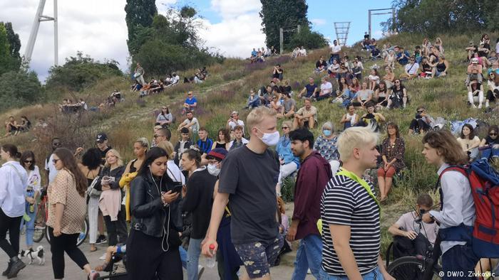 DW COVID Travel Diaries |Gordine & Zivkovic |Berlin Mauerpark
