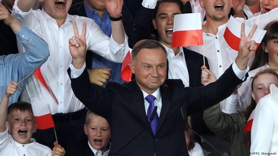 Wybory 2020. Andrzej Duda ponownie prezydentem RP