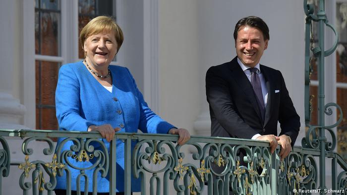 Deutschland Berlin  Angela Merkel & Giuseppe Conte, Ministerpräsident Italien (Reuters/T. Schwarz)
