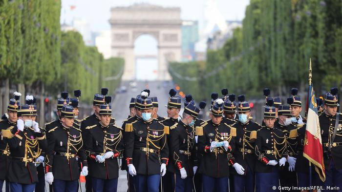 Frankreich | Bastille Day | Nationalfeiertag 2020 | Coronavirus | Militärparade (Getty Images/AFP/L. Marin)