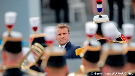 Αντιδράσεις προκαλεί νέο κείμενο γάλλων στρατιωτικών